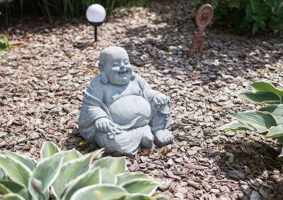 efh_badhall1_steinskulptur-im-rindenmolch_1280x820